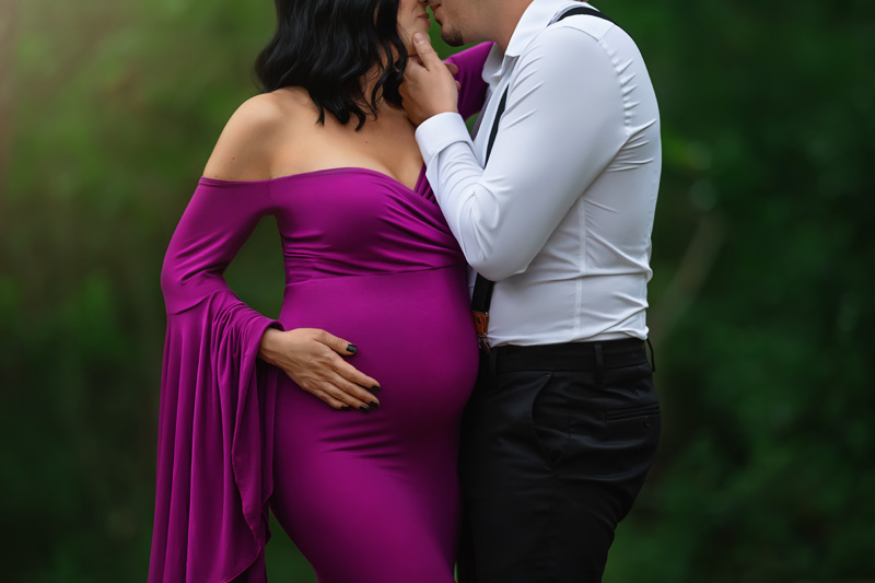 Beautiful Outdoor Pregnancy Portrait in Maternity Gown