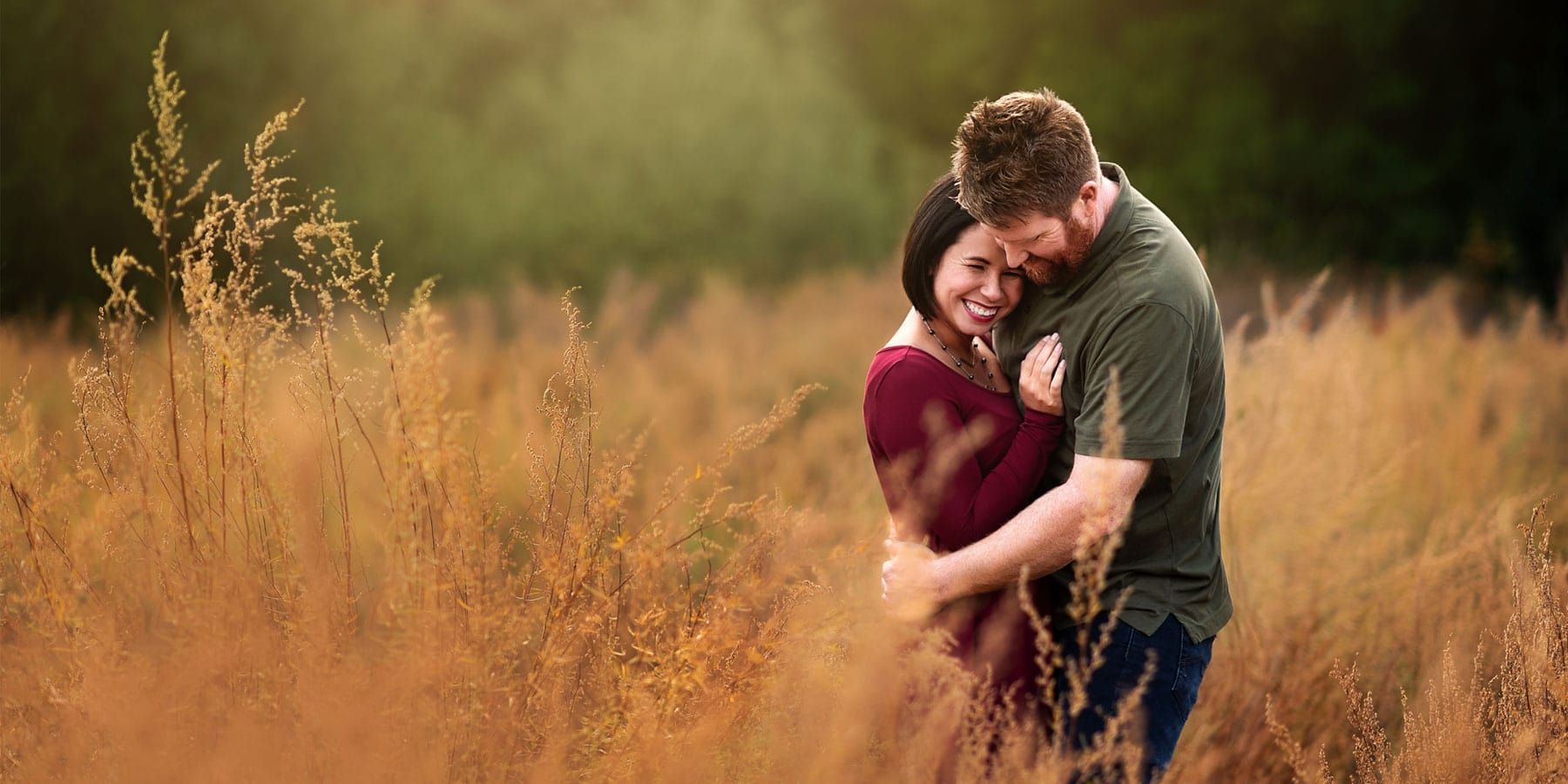 Engagement & Couples Photography, Couple standing in field
